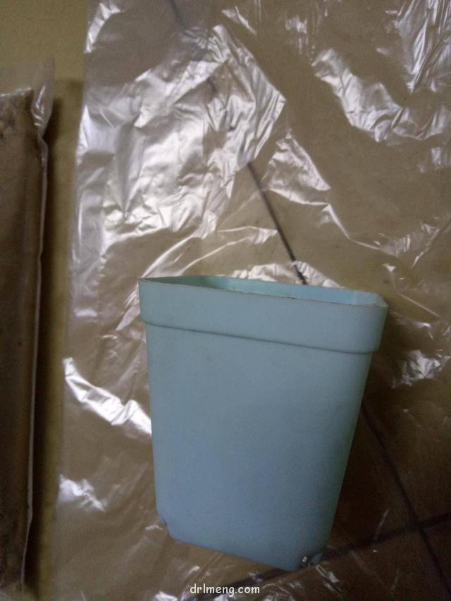塑料袋,小方盆,过筛颗粒土粉尘